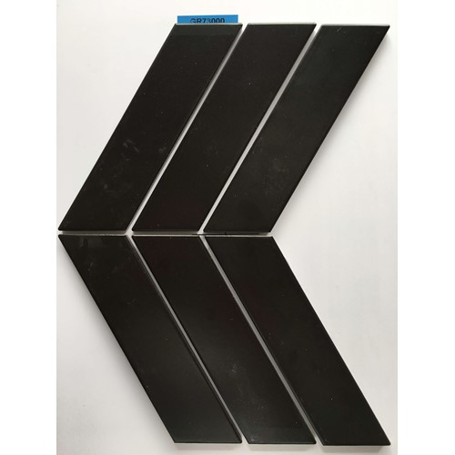 CHEVRON BLACK MATT 224X318