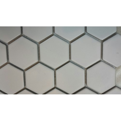ESSENCE 51X59 HEXAGON WHITE MATT 282X271