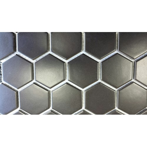 ESSENCE 51X59 HEXAGON BLACK MATT 282X271