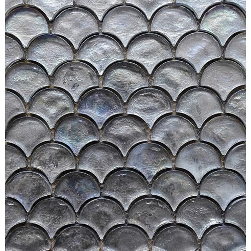 SHIMMER SILVER SCALE MOSAIC GLOSS 300X300